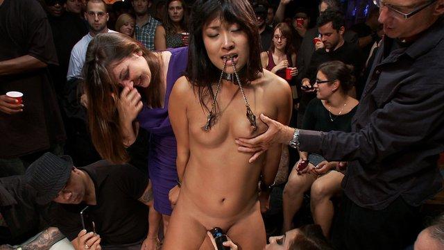 John Strong Princess Donna Dolore Yuki Mori In A Public Disgrace Porn Video Bdsm Videos