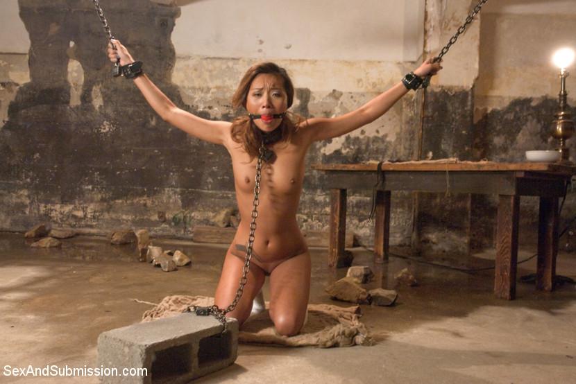 Bondage videos nude